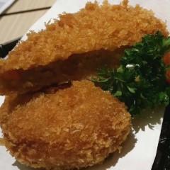 咖哩海鮮可樂餅